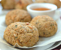 1/2 Dozen 4 oz. Maryland lump crab cakes
